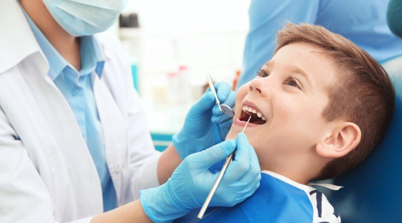 kak_vybrat_detskuyu_stomatologiyu-_1_