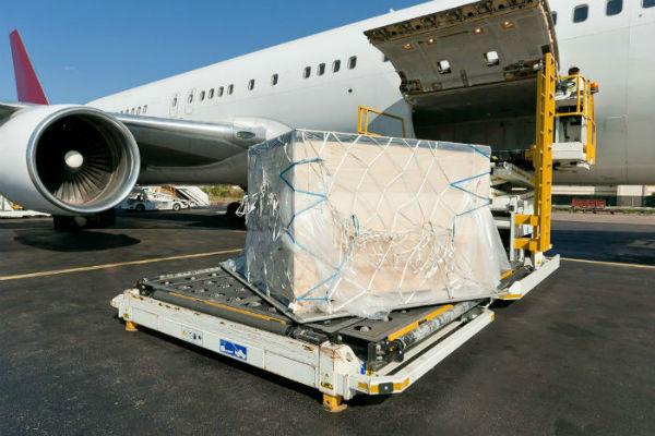preimuschestva-i-nedostatki-aviaperevozok