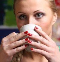 kofe-mozhet-snizit-uroven-depressii-u-zhenshhin-2